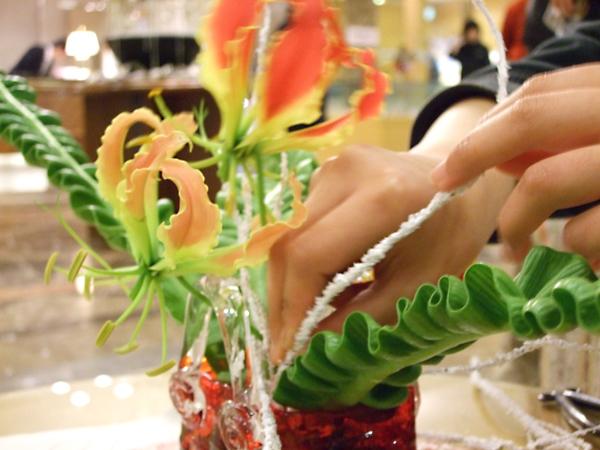 花の輪・人の輪-みんなの花展inホテルニューオータニ鳥取